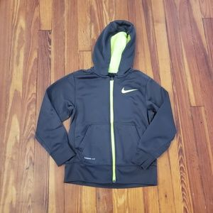 Nike ThermaFit Boys Small Hoodie in excellent used